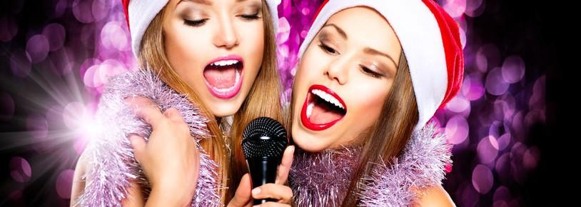 ragazze natale microfono